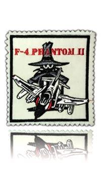 آرم سینه شماره 4 فانتوم اف-4